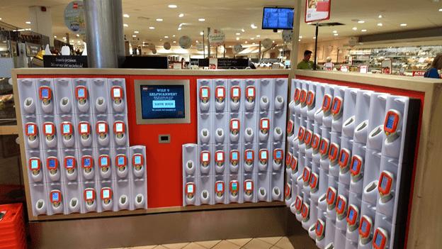 Self-scanning-at-DekaMarkt